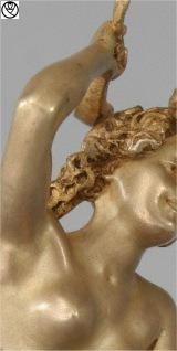 REG09053-bronze femme fer_3.jpg